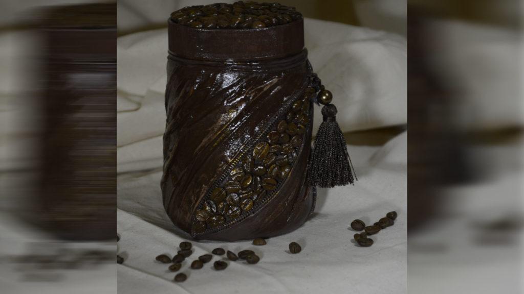 Декупаж кофейной банки