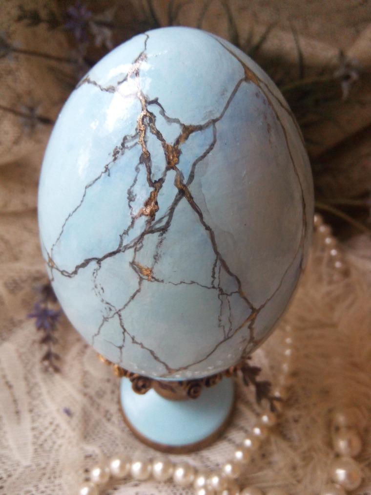 Имитация бирюзы на яйце